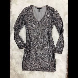 BCBGMaxAzria Women's Gray Sequin Longsleeve Dress